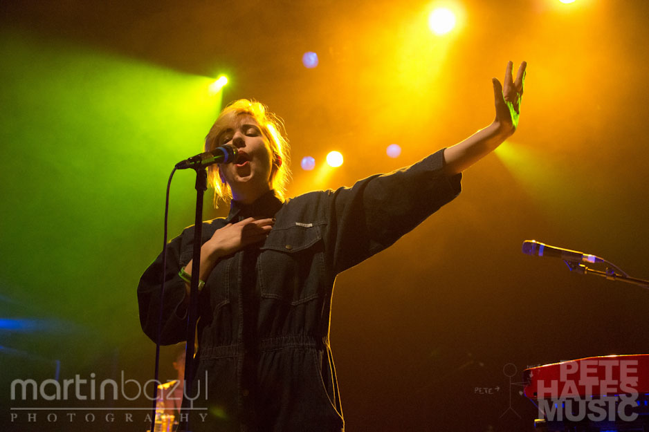 Austra_Danforth_Music_Hall_PeteHatesMusic_Martin_Bazyl-00347