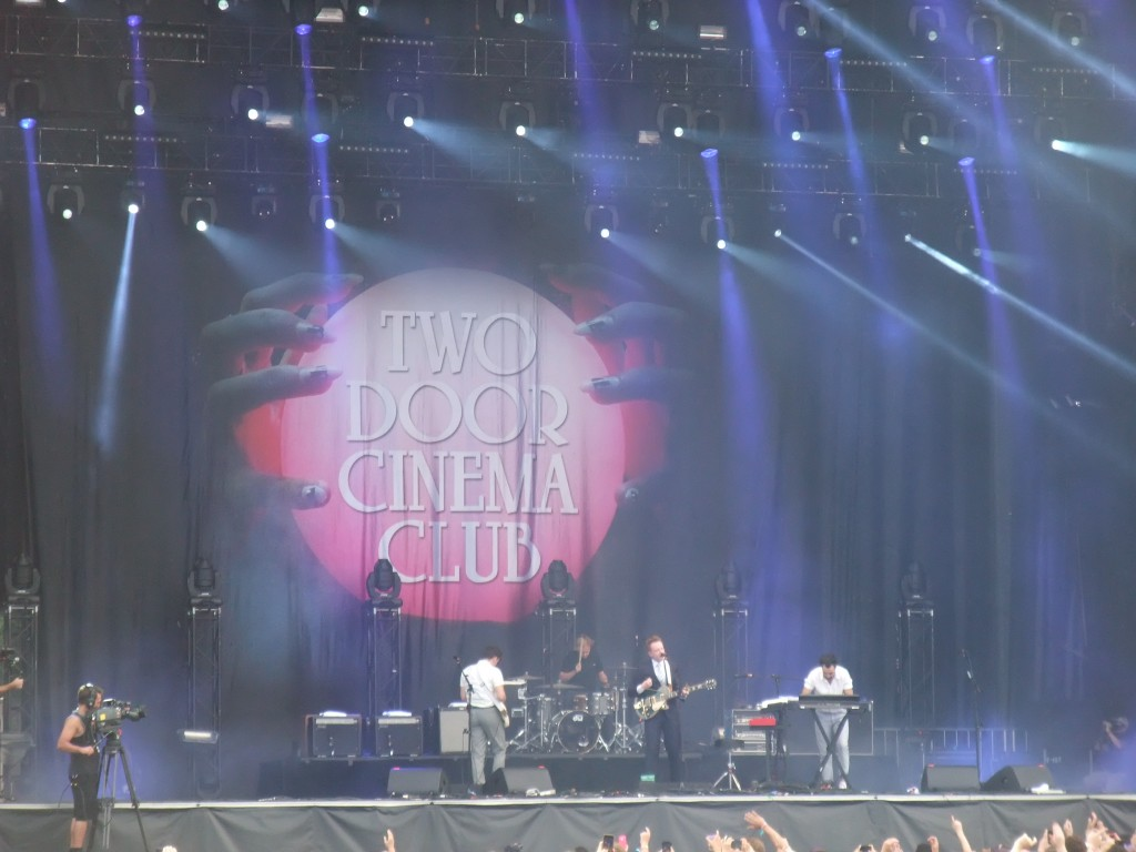 Two Door Cinema Club - Osheaga 2013 (Copyright: PeteHatesMusic)