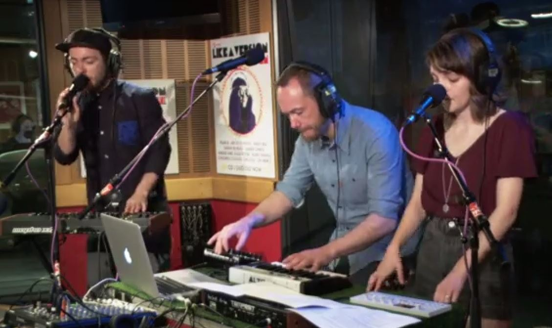 CHVRCHES cover Arctic Monkeys via YouTube screen cap