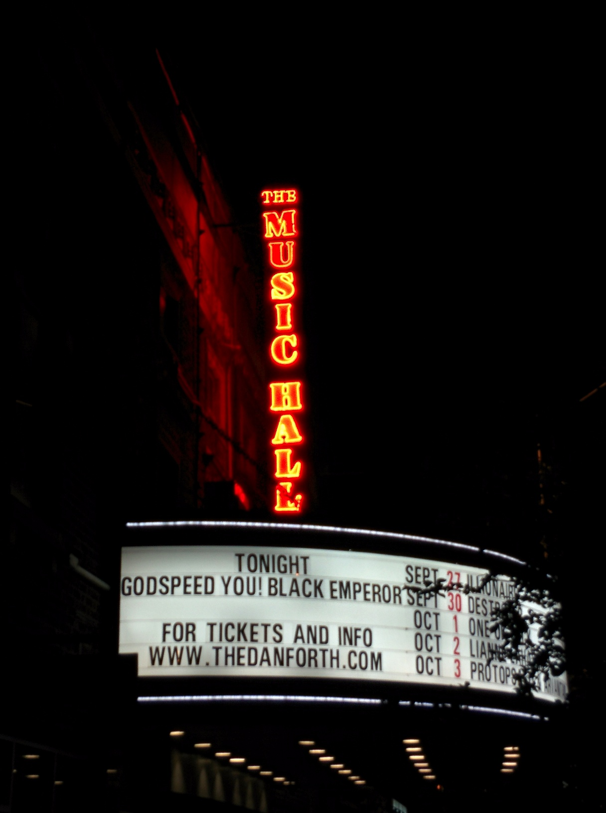 Godspeed You! Black Emperor at Danforth Music Hall (Copyright: PeteHatesMusic)